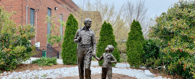 Bronze Statue of Andy and Opie